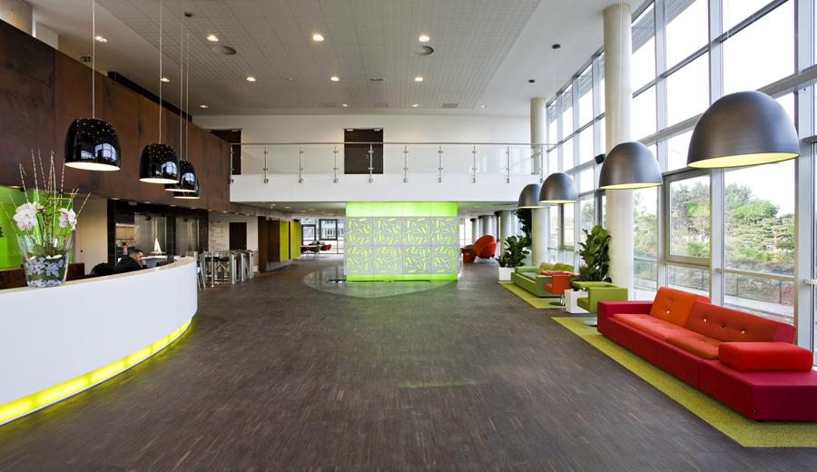 si ges sociaux immeubles de bureaux ko s curit priv e. Black Bedroom Furniture Sets. Home Design Ideas